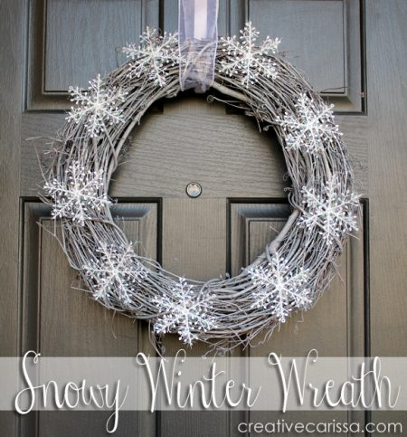 Snowy winter wreath - 25+ Winter Crafts for adults