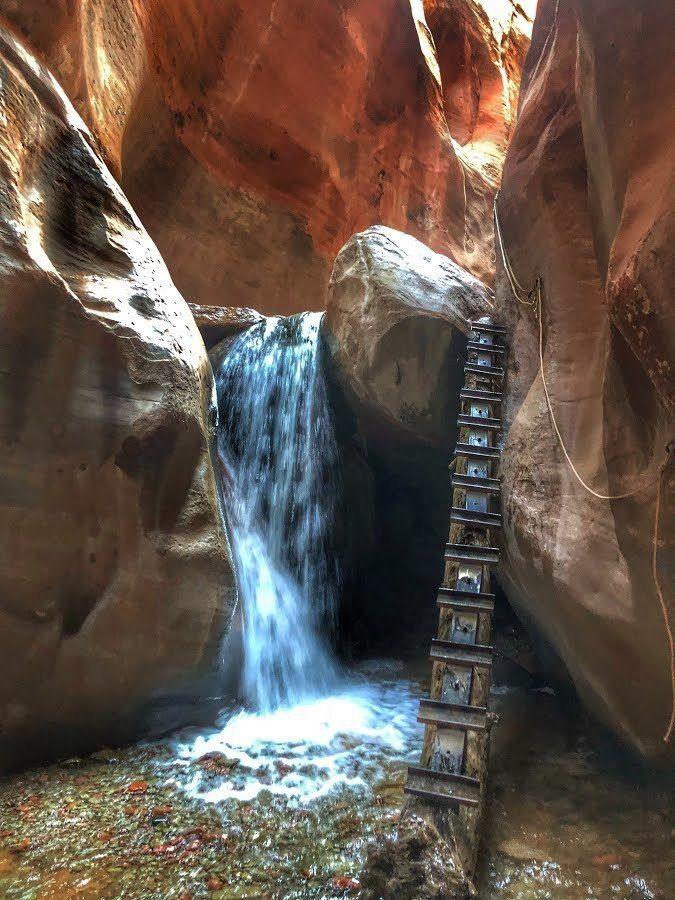 Kanarraville Falls via Kanarra Creek Canyon Trail