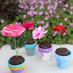 Painted Flower Pot Cupcakes