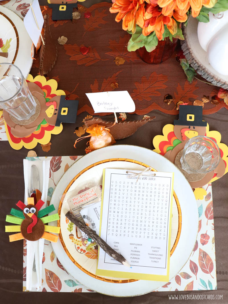 Thanksgiving Table Settings (kid-friendly) + Thanksgiving Activity Sheets for Kids