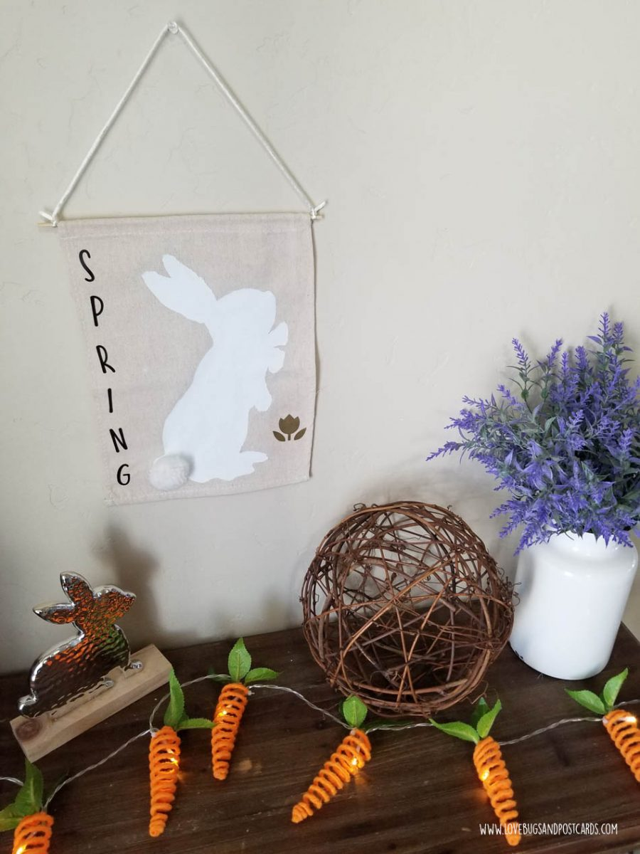 Easter Crafts and DIY Projects - Burlap Canvas Farmhouse Easter Banner