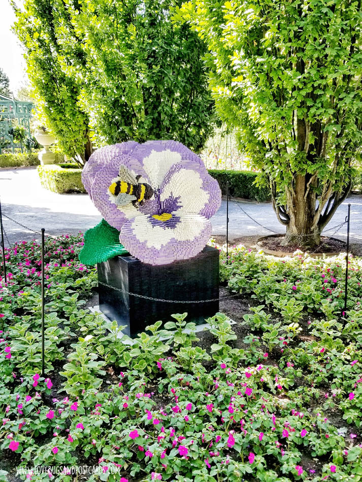 Sean Kenney's Nature Connects Made with LEGO® Bricks at Thanksgiving Point - Pansy and Bee
