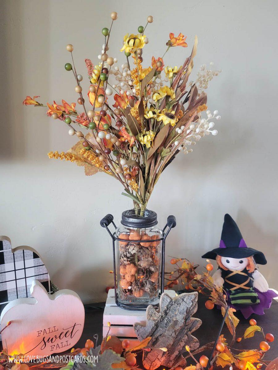 DIY fall floral arrangement - DIY rustic farmhouse fall decor ideas